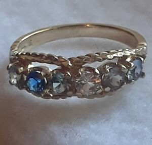 10kt-gold-multiple-sapphire-colored-gemstone-band-ring