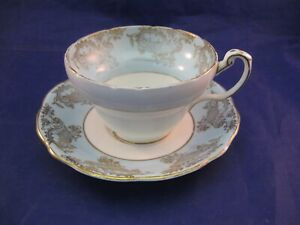 ANTIQUE-FOLEY-BONE-CHINA-TEA-CUP-AND-SAUCER-MADE-IN-ENGLAND-EB