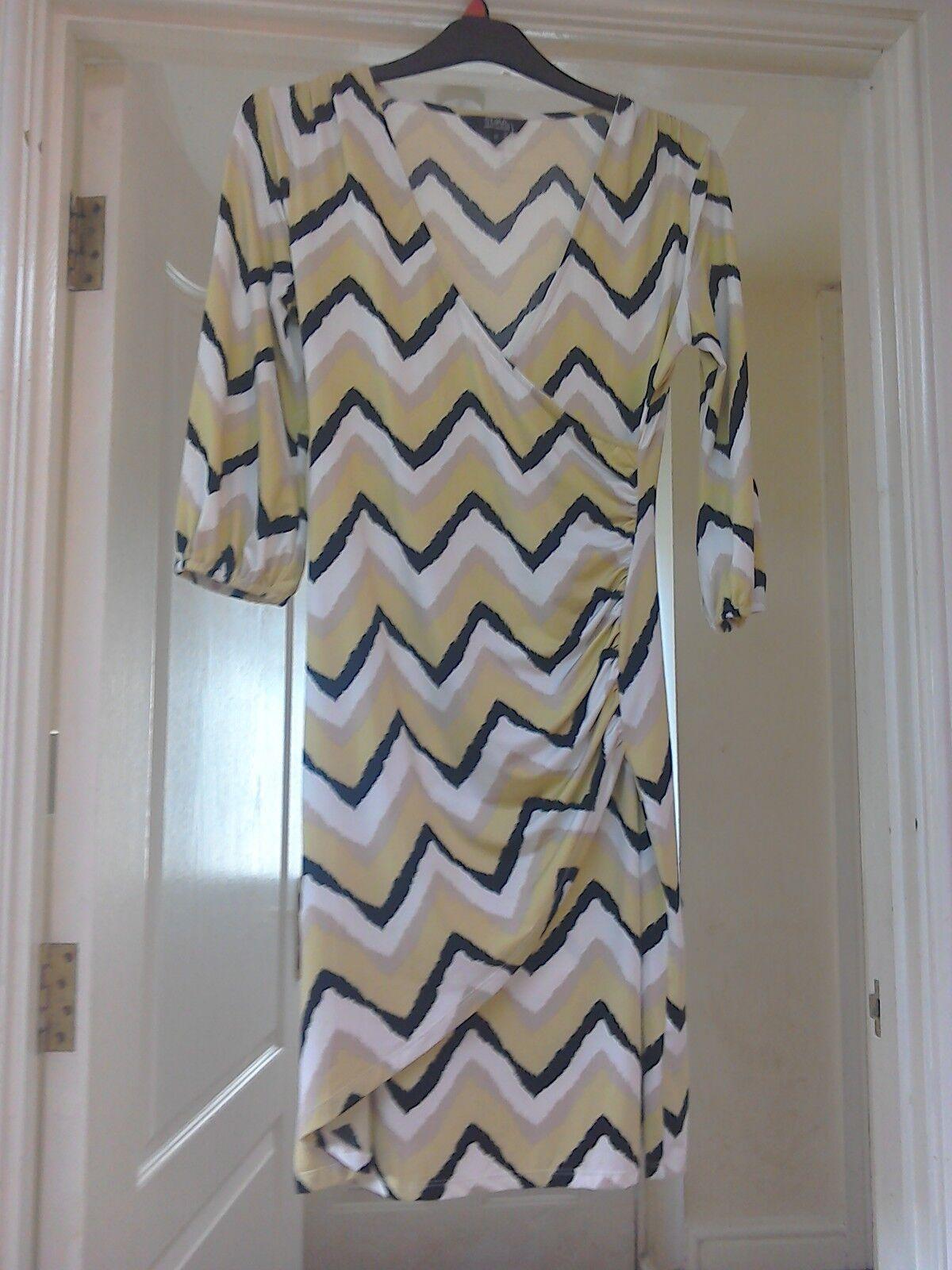 STAR by julienmacdonald cross over dress size 12