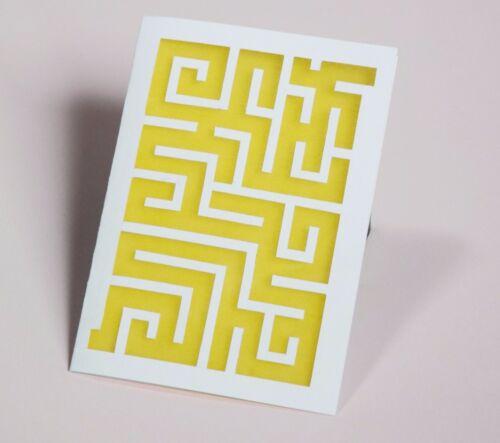 Glückwunschkarte Cut-Out Stil Bemalte Labyrinth Grußkarte Transparentpapier
