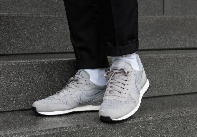 preview of best wholesaler buying cheap Nike Men's Internationalist SE Shoe Sneakers AJ2024 001 UK 6.5/ UK 10.5
