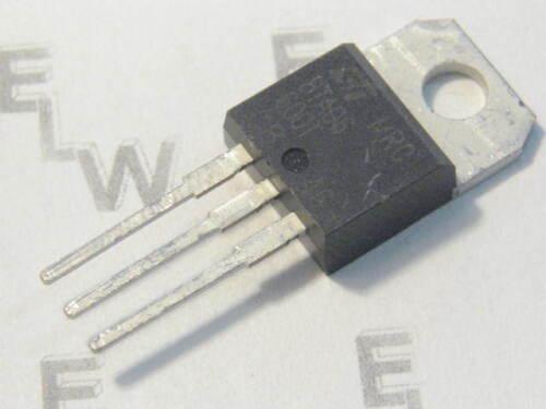 IGT//IH/<5///<15MA TC=75°C 6A 5 Stück  BTA 06-600 T 600V