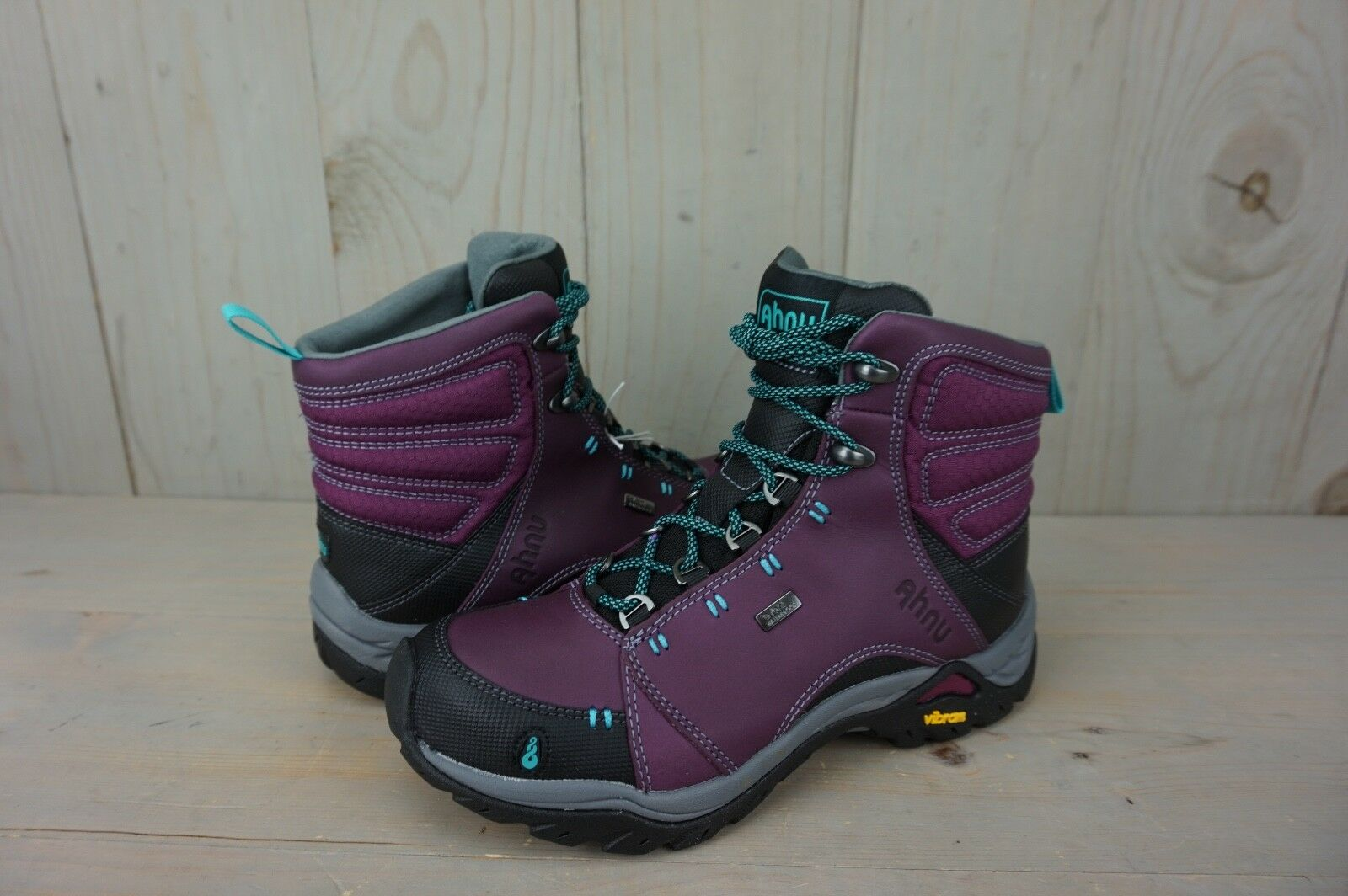 AHNU MONTARA   WP AMETHYST SMOKE WATERPROOF HIKING   stivali donna US  5.5 NIB