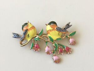 Adorable-Two-Birds-on-a-tree-Branch-Brooch-Pin-enamel-gold-tone-metal