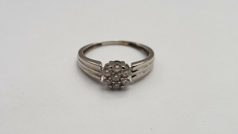 A309 9k White Gold and Diamond Cluster Ring