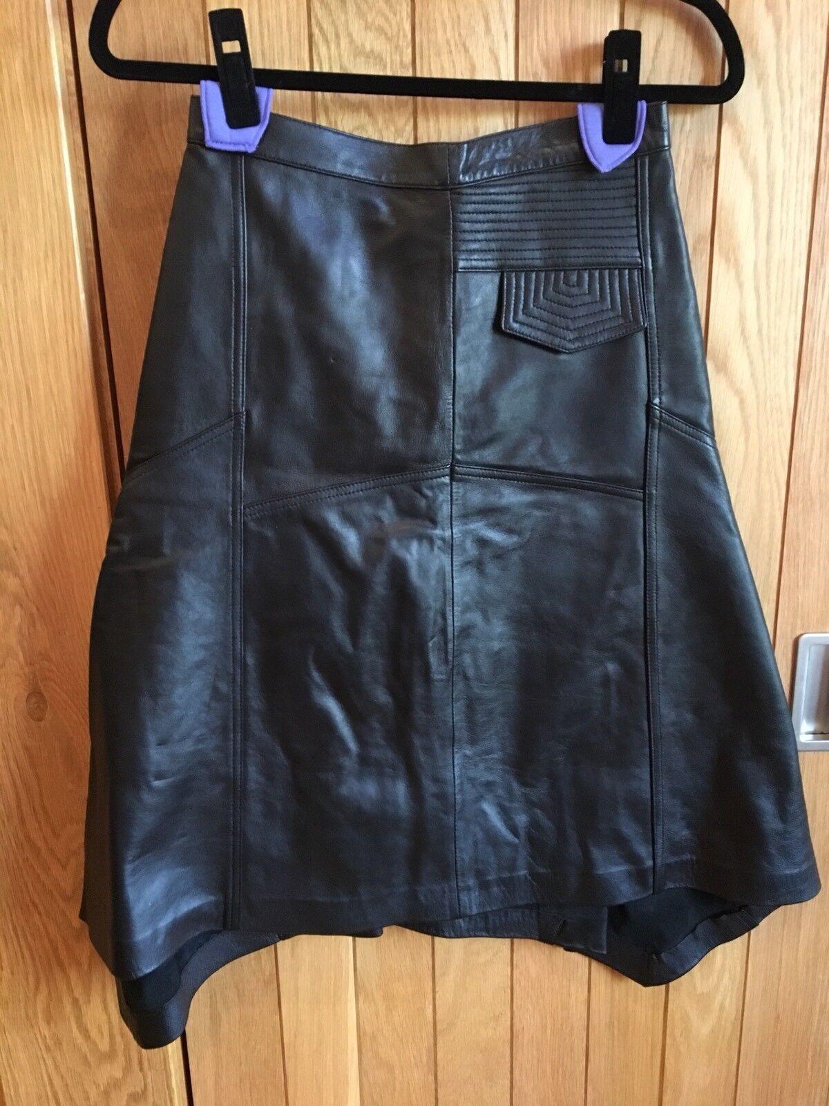 Preciosa Falda De Cuero Negro Asimétrico-Reino  Unido 6, 77 de Asia  diseño único