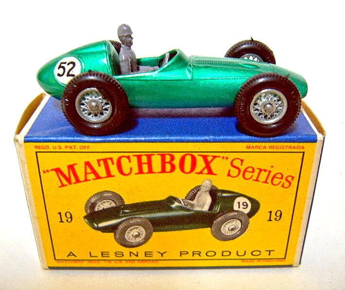 Matchbox No.19C Aston Martin Racing Car rare RN  52  mint boxed