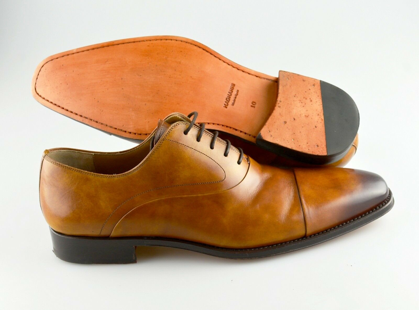 R - Men's MAGNANNI 'Saffron' Marronee Leather Cap Toe Oxfords Dimensione US 10 - D