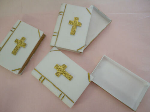 """12 pieces large white plastic bible favor filler with gold cross 3 1//4/""""x2 1//4/"""""""