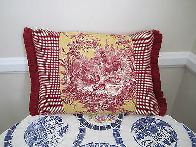Accent Pillow La Petite Ferme Red /& Yellow Gold French Country Rooster Toile