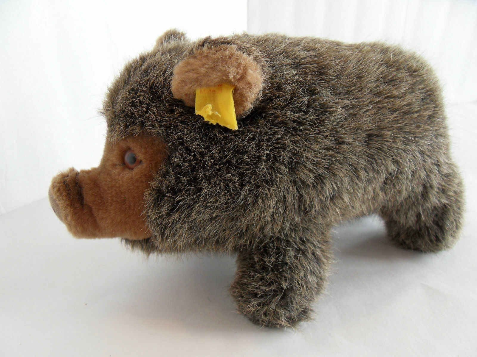 Steiff boar wild pig button partial flag stuffed animal made in Germany 1512