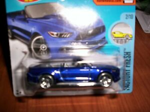 FORD-MUSTANG-GT-CONVERTIBLE-HOT-WHEELS-SCALA-1-55
