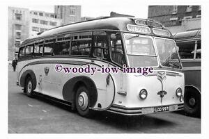 ab0053-Black-amp-White-Coach-Bus-LDD-997-to-London-photograph-6x4