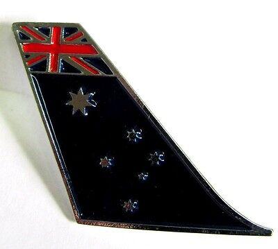 50100 AUSTRALIAN FLAG AIRBUS A380 LARGE AIR BUS AVIATION PLANE TAIL PIN BADGE