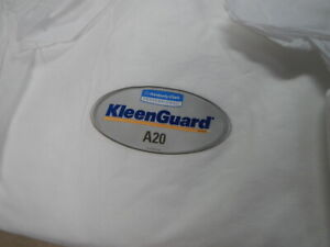 Kimberly-Clark KLEENGUARD A20 Coverall, Protective Suit Size 3XL