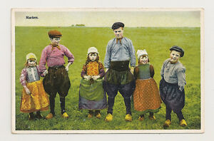 DUTCH-CHILDREN-on-a-postcard