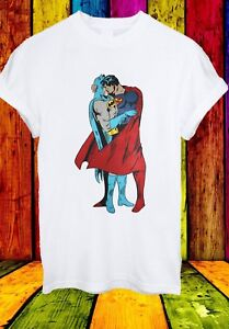 Batman-Superman-Kiss-Gay-Pride-LGBT-Justice-League-Men-Women-Unisex-T-shirt-222