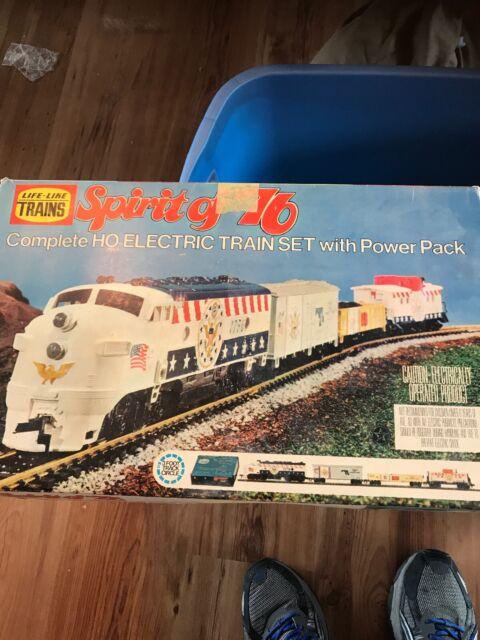 LIFE-LIKE TRAINS Spirit Of 76 HO Electric Train Set 8752 In Box