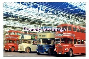 gw0651-Buses-in-Leicester-Ave-Depot-photograph