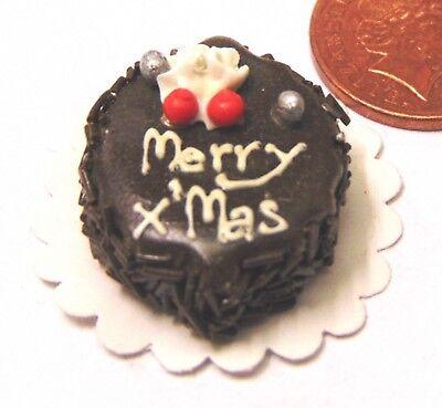 Échelle 1:12 Noël Log gâteau sur une céramique plaque tumdee Maison De Poupées Cuisine Alimentaire