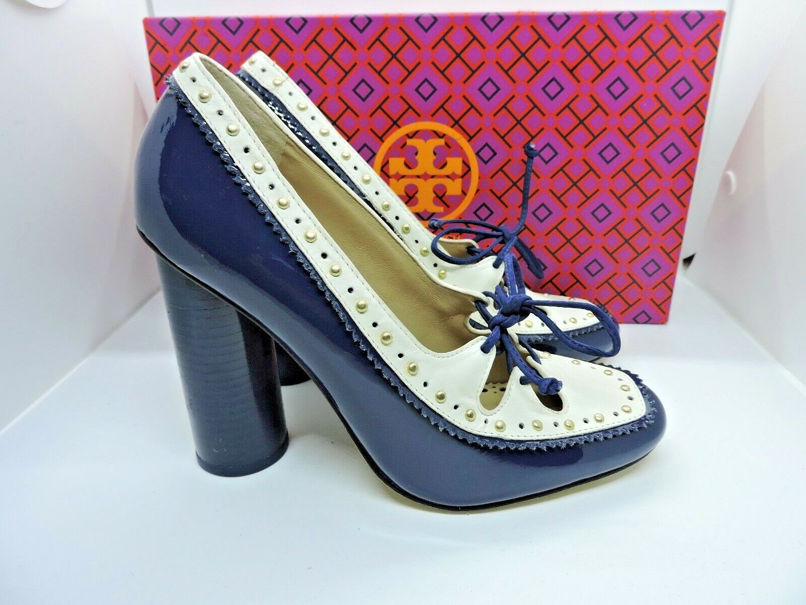 NIB  325 TORY BURCH CAMBRIDGE 110MM NAVY blueE PATENT LEATHER LACE UP PUMP 5.5
