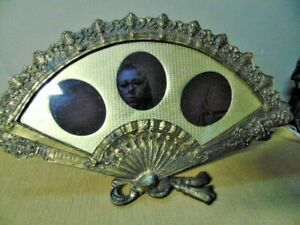 Vintage-Ornate-Heavy-Brass-Easel-Back-Fan-Shaped-Picture-Frame-Photo-Victorian