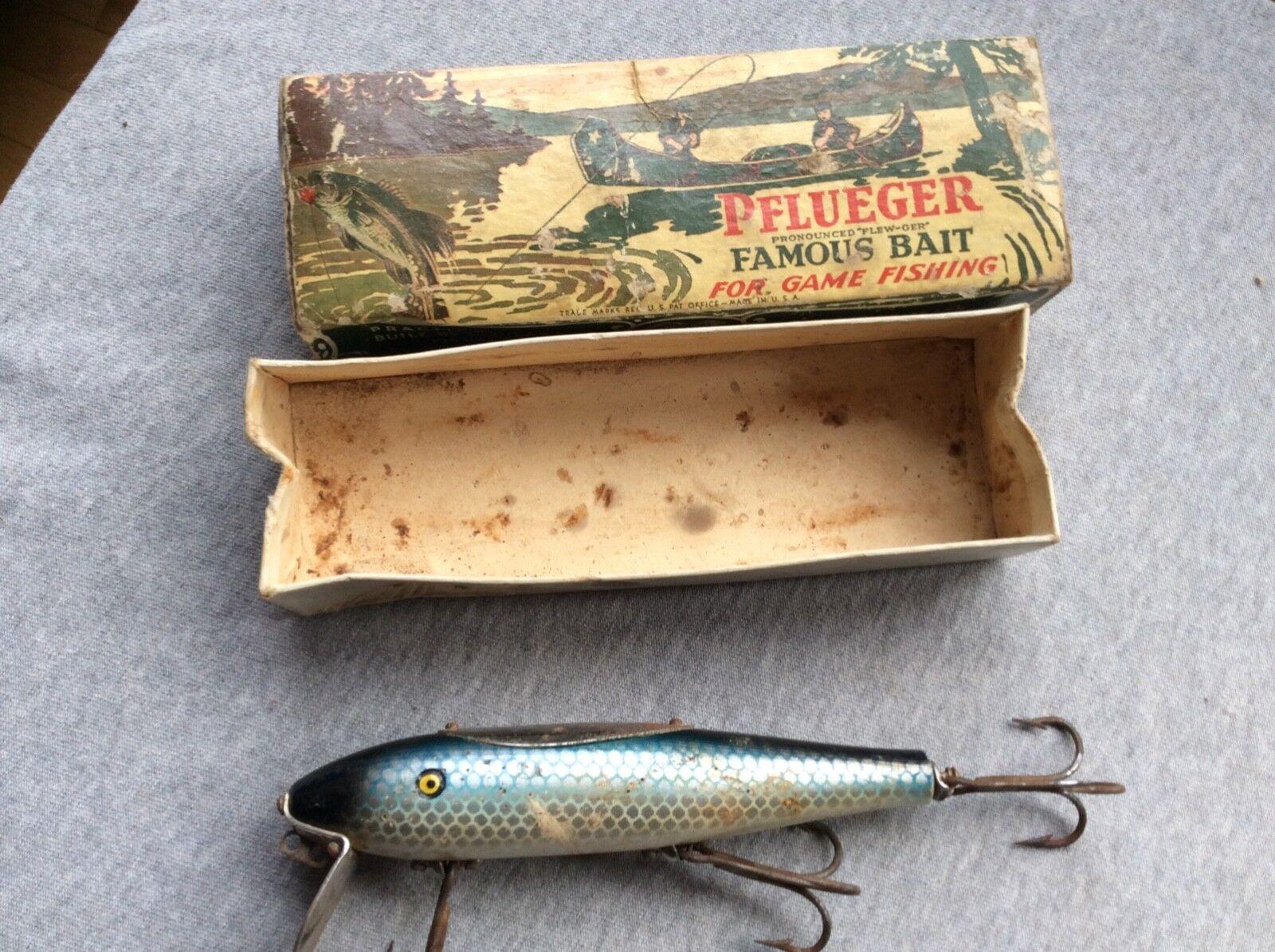 Vintage pflueger mustang minnow fishing lure
