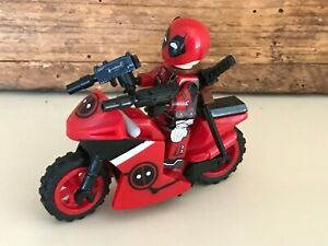 TYPE MINI FIGURINE LEGO DEADPOOL MARVEL ET SA MOTO X MEN AVENGERS TBE SPIDERMAN