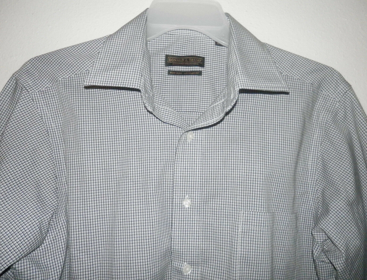 Donal J.Trump  Collection bluee and White Stripes Men's Dress Shirt Sz 16
