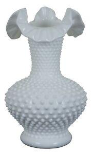 Vintage-Fenton-Hobnail-Ruffled-Crimped-White-Milk-Glass-Vase-3752-11-034