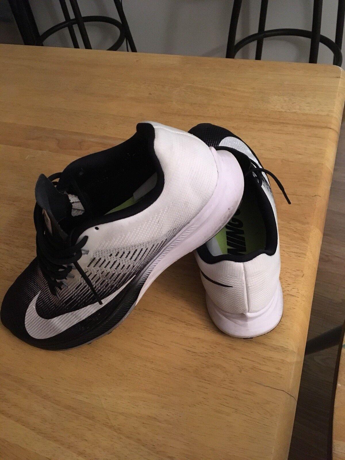 Nike Air Zoom Elite 9 Size 9.5