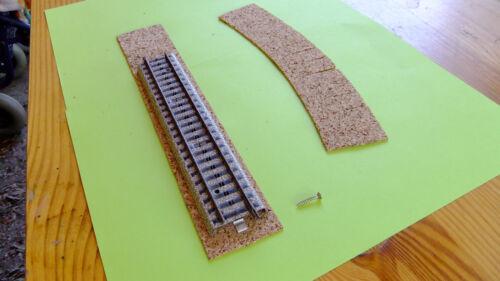 - 2,25 €//100 Stk. 200 Schrauben passend zur Befestigung  Märklin Metallgleise