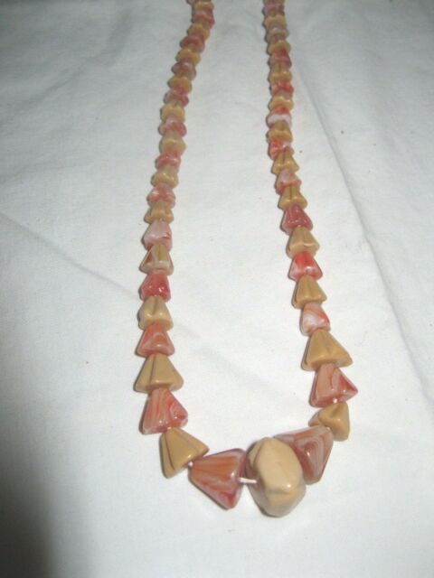 Vintage Unusual Agate Glass Bell Shaped Graduated Bead Necklace Beige Coral Pink