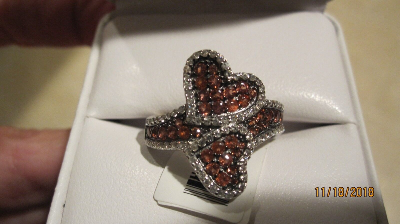 NEW STUNNING RED VERMELHO GARNET DOUBLE HEART BYPASS RING,  SIZE 8, NWT..1.88 TC