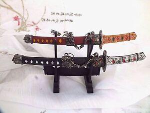 2-JAPANESE-MS-BLACK-RED-SABRE-ENVELOPE-LETTER-OPENER-SAMURAI-NINJA-STAND-BOX-NN