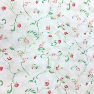 Details About Thibaut Floral Strawberry Wallpaper Roll Berry Rose Crackle Background 67143