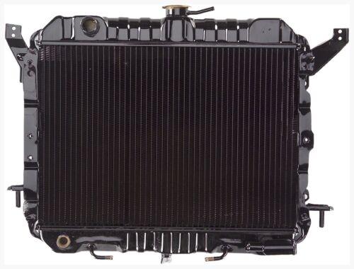 Radiator APDI 8010787 For Nissan Pulsar NX 19836-1986 Sentra 1982-1986