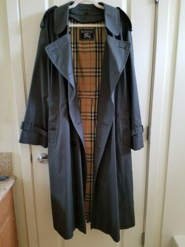 Burberry Vintage Men's Trench coat Size 44