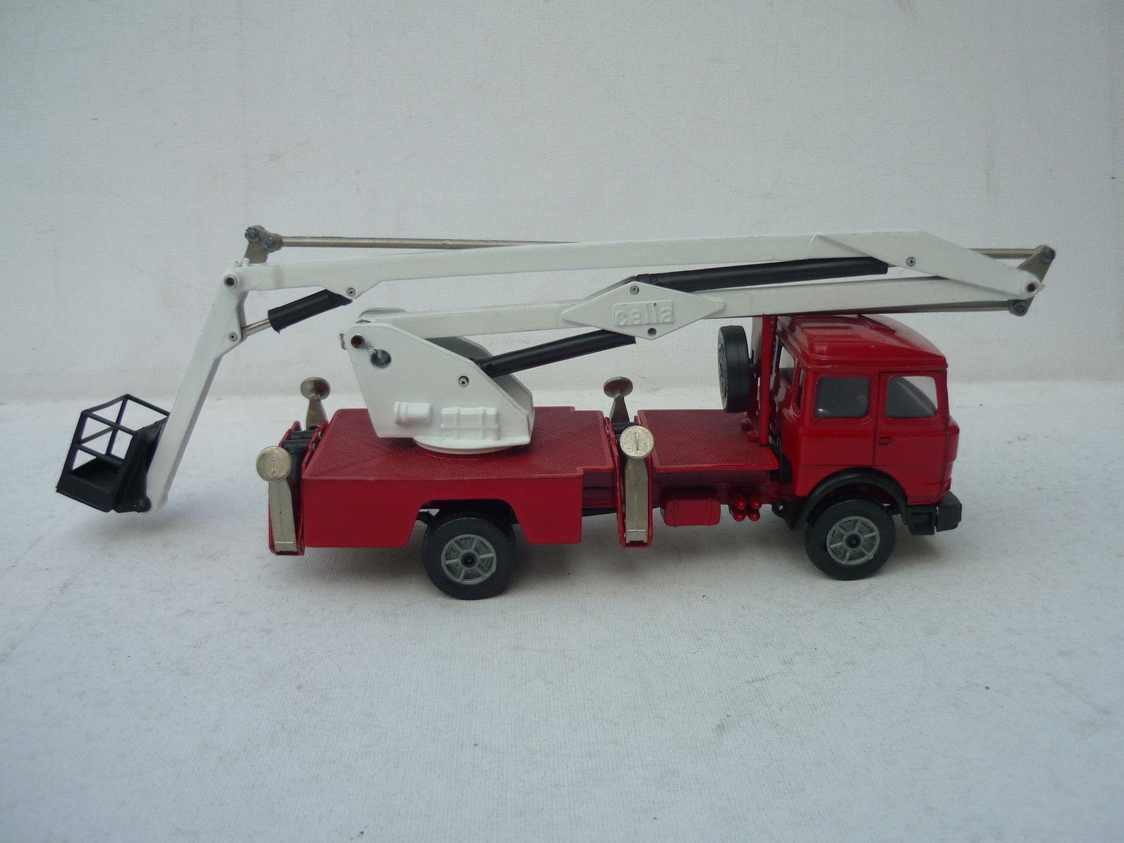punto de venta en línea Forma Juguetes Juguetes Juguetes (Barlux) Fire Engine Cella Fiat 170 Very Near Mint 1 43 Raro Selten   muchas concesiones