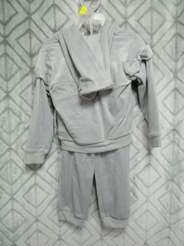 New Wonder Nation 2 Piece Velour Set Size 3 T Girls Gray Top and Pants Ruffles