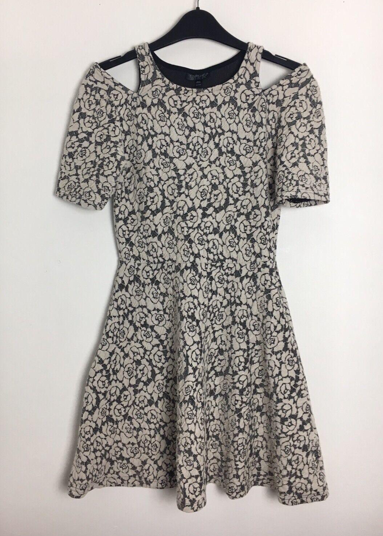 Topshop Negro & Cream Floral vestido de hombro frío frío frío Con Textura Talla 10 - (B9) 853252