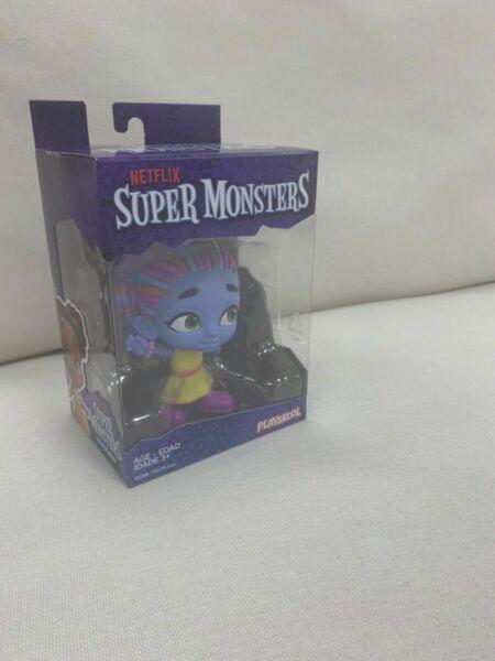 netflix super monsters zoe walker collectible 4