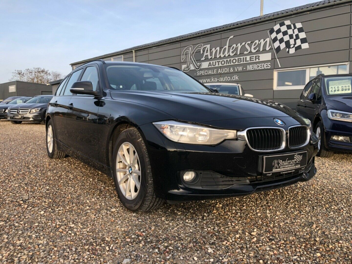 BMW 318d 2,0 Touring 5d - 149.900 kr.