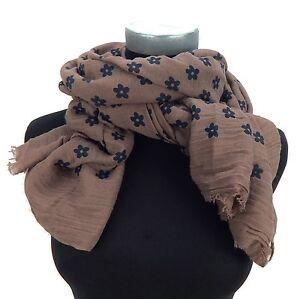 echarpe-pour-femmes-taupe-noir-fleurs-echarpe-par-Ella-Jonte-neuf-en-echarpe