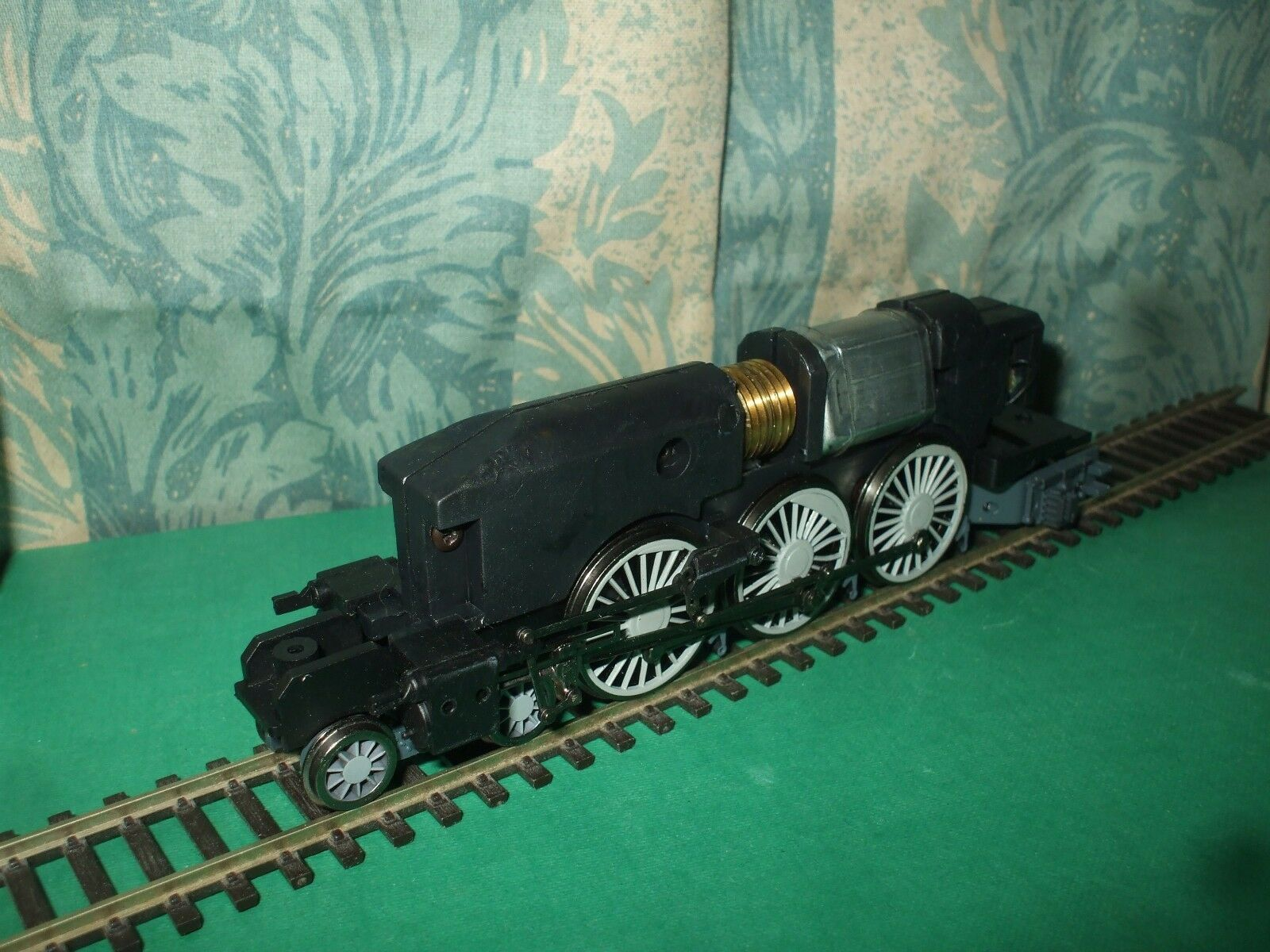 BACHMANN LNER A4 CLASS LOCO CHASSIS ONLY - No.3