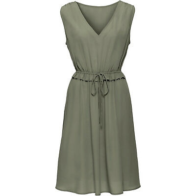 Adrettes Kleid mit Rüschen am Bund und Raffungen am Oberteil  Gr.40