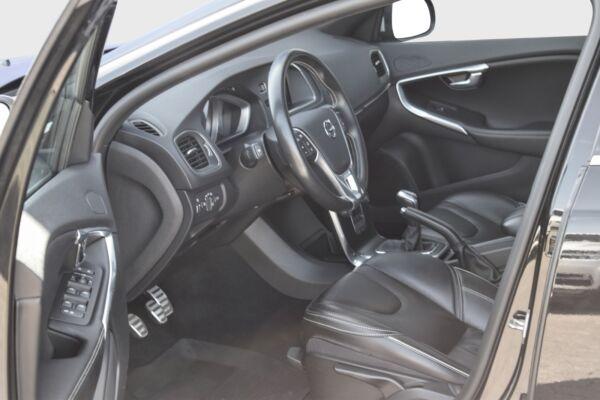 Volvo V40 2,0 D2 120 R-Design billede 9