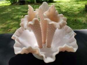 Fenton-Pink-Hobnail-Epergne-Glass-Horn-Vase