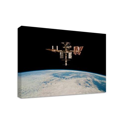 Nasa Iss International Space Station Gerahmter Leinwand Kunstdruck