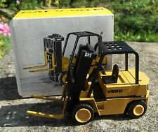 NZG (WEST GERMANY) 1/25 #309 CAT V50D FORKLIFT TRUCK -NEW/BOXED (2nd type decal)